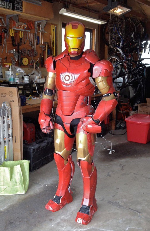 animatronic iron man suit by greg hatter and jerome kelty 620x953