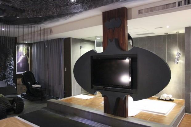 batman hotel2