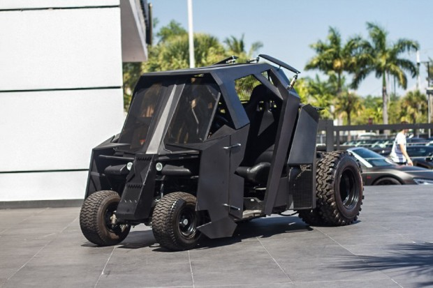 batman mini tumbler golf cart by marcs creature company 620x413