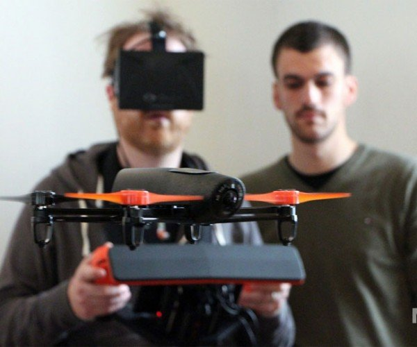 Parrot Bebop Drone has a Camera and Oculus Rift Support