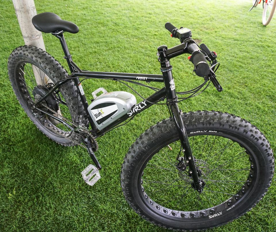 e bike roundup pedals plus power. Black Bedroom Furniture Sets. Home Design Ideas