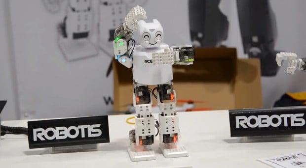 darwin-mini-humanoid-robot-by-robotis