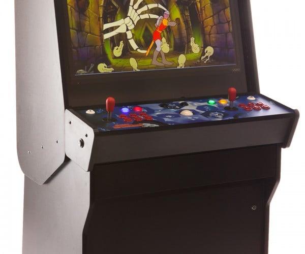 Dream Arcades Vision 32: 140 Classic Games + 32″ Display = 1 Nostalgia Totem