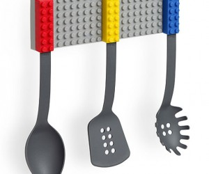 LEGO-style Cooking Utensils Hang up in a Snap