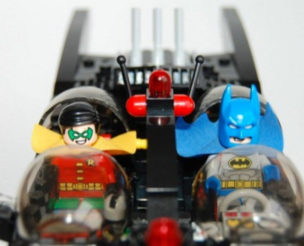 lego batmobile 2 620x502