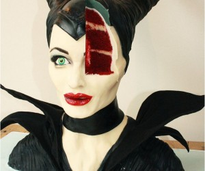Magnificent Maleficent Cake Looks Deliciously Evil
