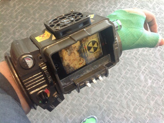 pip-boy-3000-3d-printed-cast-cooler-by-kosh23