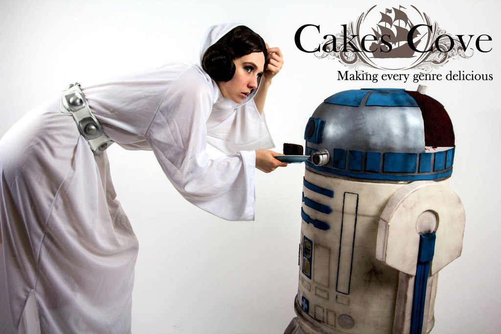 Life-Size R2-D2 Cake: The Droid Your Stomach Has Been Looking for - Technabob