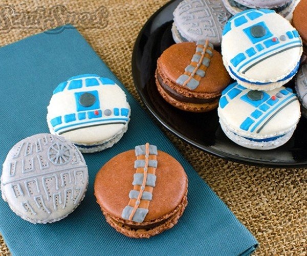 Star Wars Macarons: That's No Moon, It's a Delicious French Pastry!