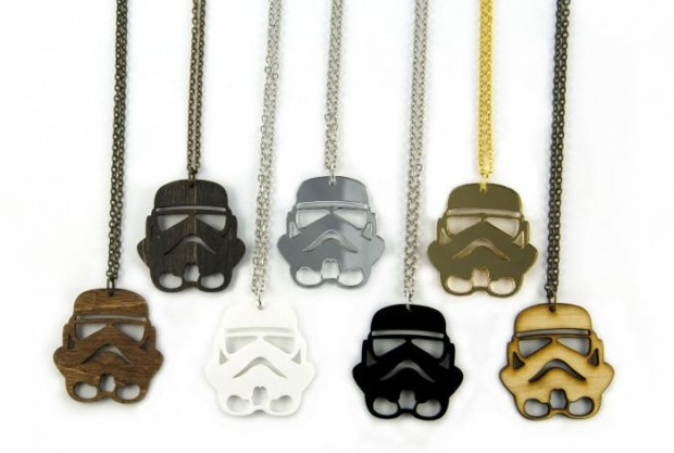 stormtrooper necklace 620x417