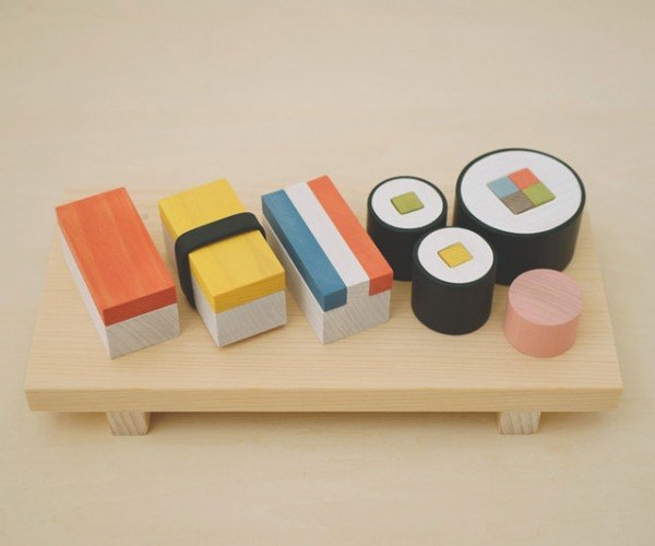 Wooden Sushi Set Offers Plenty of Fiber