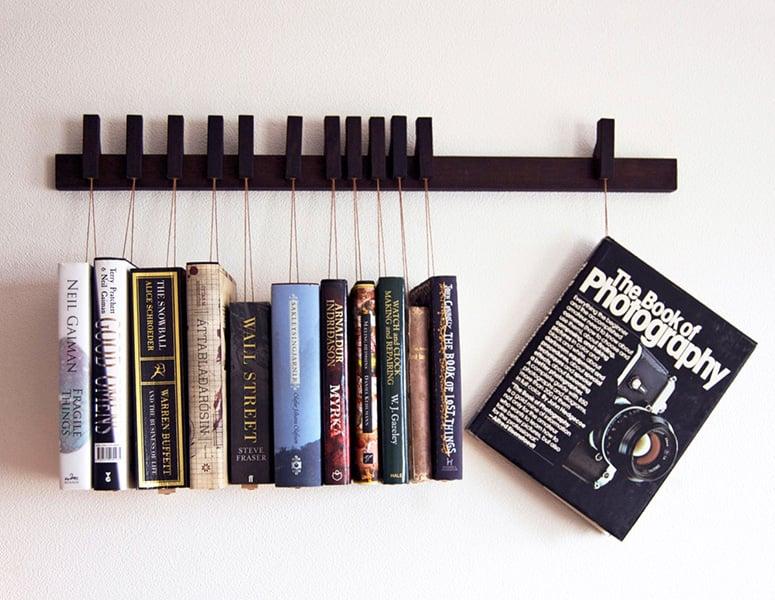 Hanging Book Rack: Hang u0026#39;Em and Read u0026#39;Em - Technabob