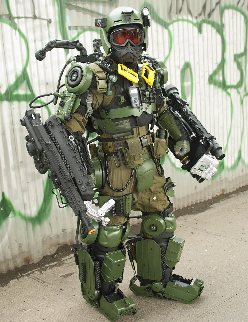 Edge Of Tomorrow Exo Suit Cosplay Reuse Wear Repeat Technabob