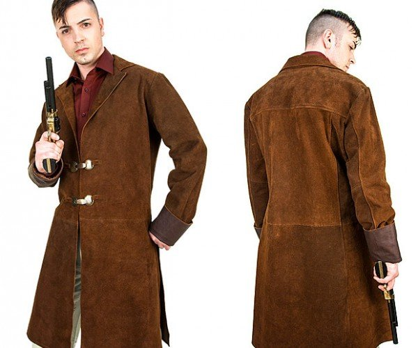 Firefly Browncoat Replica Fights for Independence from Cold