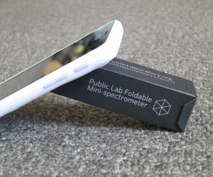 Foldable Mini-Spectrometer: Secret Decoder Box