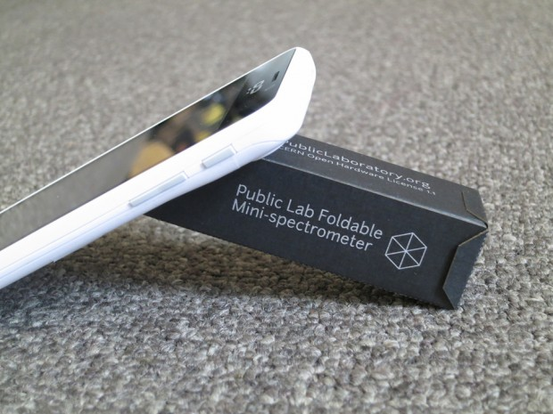 foldable mini spectrometer by public lab 620x465