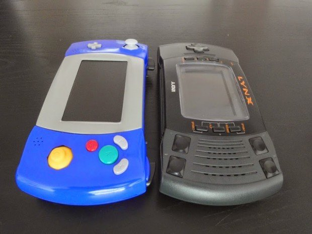 gamecube portable atari lynx casemod by akira 2 620x465