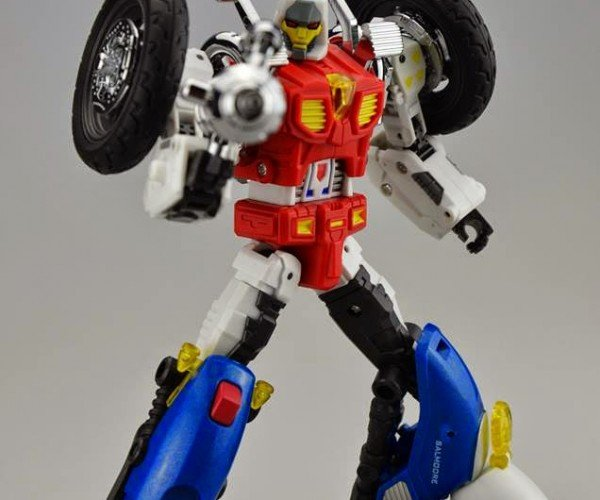 Gobots Cy-Kill Remake Action Figure: Less than Meets the Eye