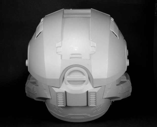 halo master chief motorcycle helmet by neca 5 620x502