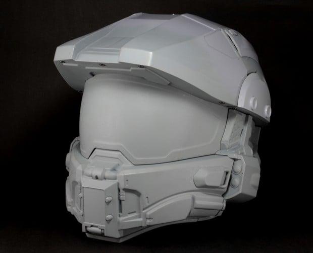 halo-master-chief-motorcycle-helmet-by-neca