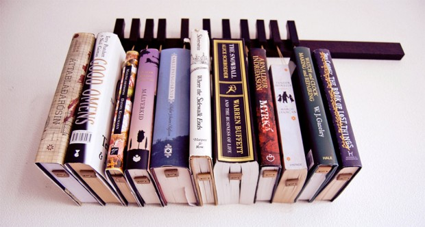 hanging_book_rack_3