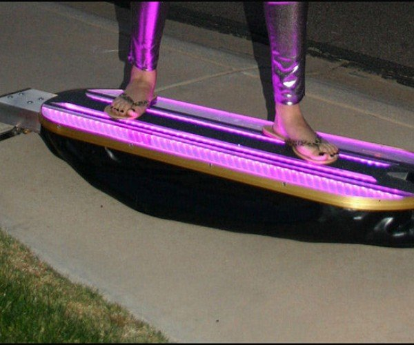 HoverSkater Skateboard: Back to the Past