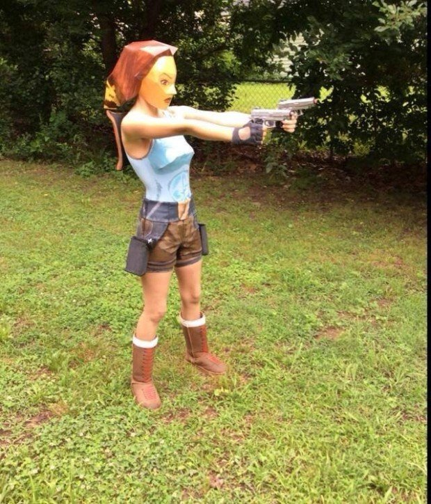 laura croft 620x724
