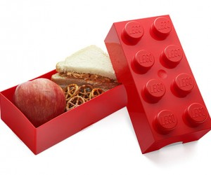 LEGO Lunchbox is Perfect for Square Meals