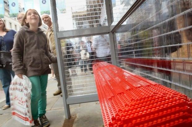 lego bus stop1