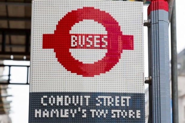 lego bus stop4