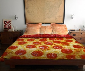 Pizza Bed: You've Made Your Dough, Now Lie in It