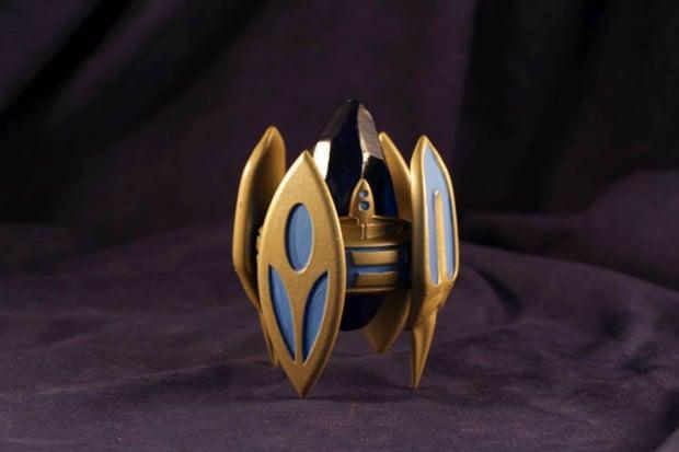 starcraft-ii-pylon-figurine-by-geekify-inc