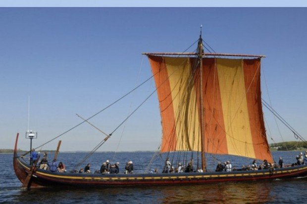 viking ship1
