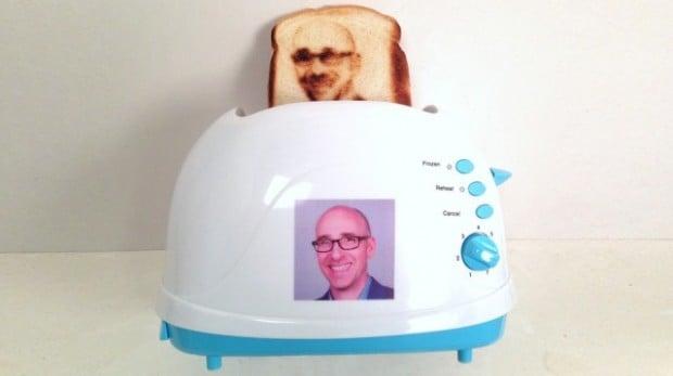 Custom Selfie Toaster 620x347
