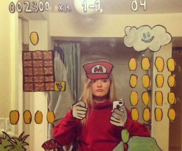 Woman Creates the Only Cool Bathroom Selfies Ever