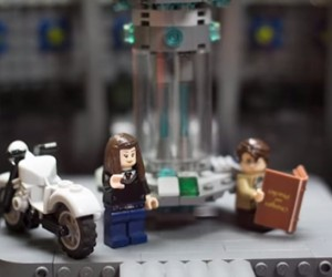 Doctor Who Day of The Doctor Recreated in LEGO Stop-Motion