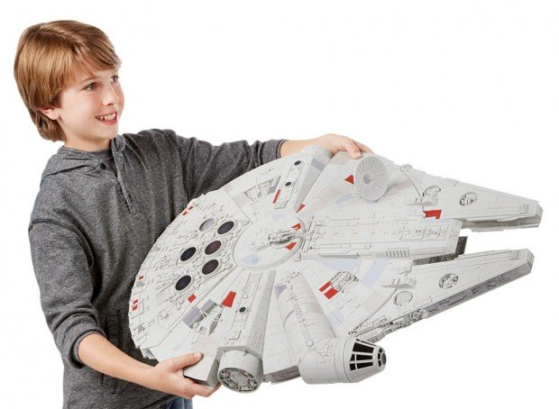 huge_millennium_falcon_toy_1