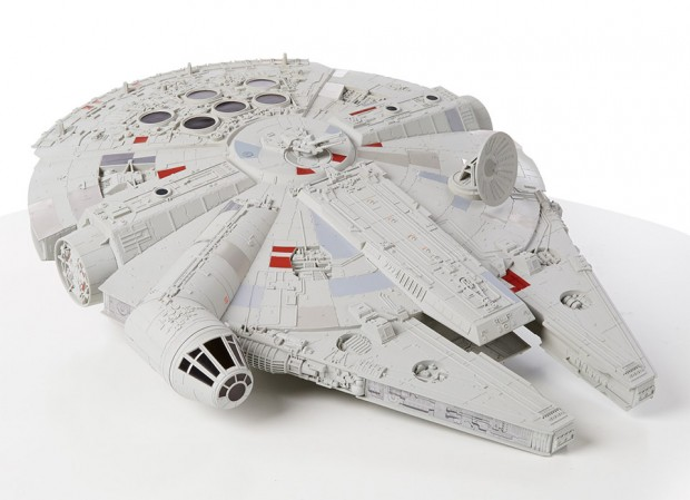 huge_millennium_falcon_toy_2