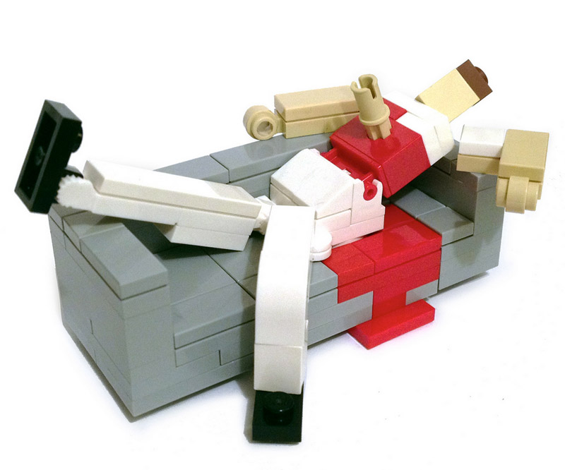 Lego Superheroes Relaxing On Lego Couches Technabob