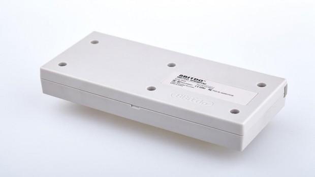 nes30-bluetooth-gamepad-controller-by-8bitdo-3