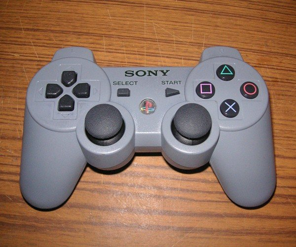 PlayStation 3 Controller in Original PS1 Gray: Looks Just Like Grandpa