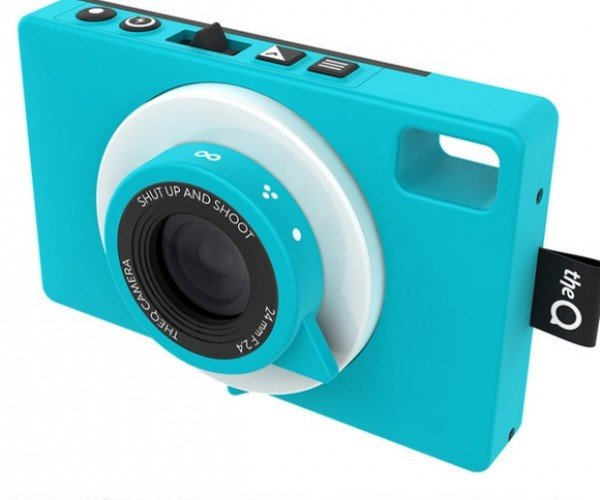 Waterproof TheQ Camera: The 3G Connected Point-and-Shoot