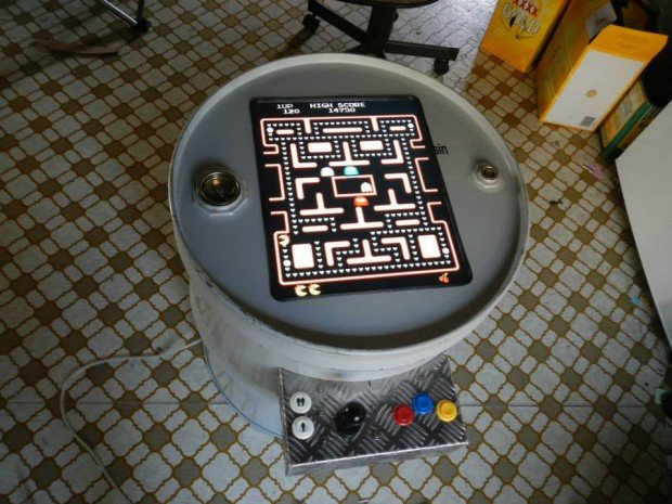 drum-arcade-machine-from-Uhohthommo