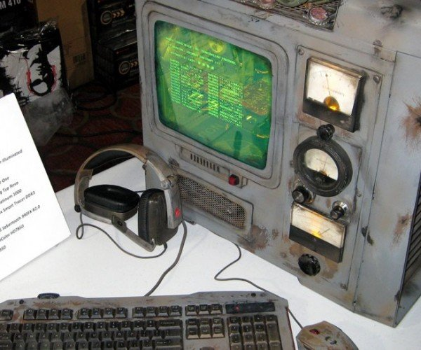 Fallout PC Case Mod: Tech from the Wasteland