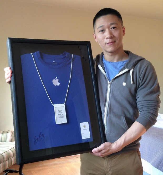 former-apple-specialist-sam-sung-charity-auction
