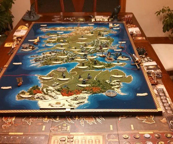 DIY Game of Thrones 3D Board Game: A Song of War and Hammer