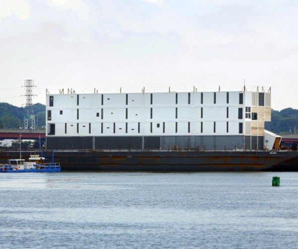 Google Sells off Portland Barge and Scraps Floating Building