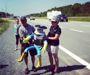 hitchBOT Tweets Adventures as it Hitches Rides across Canada