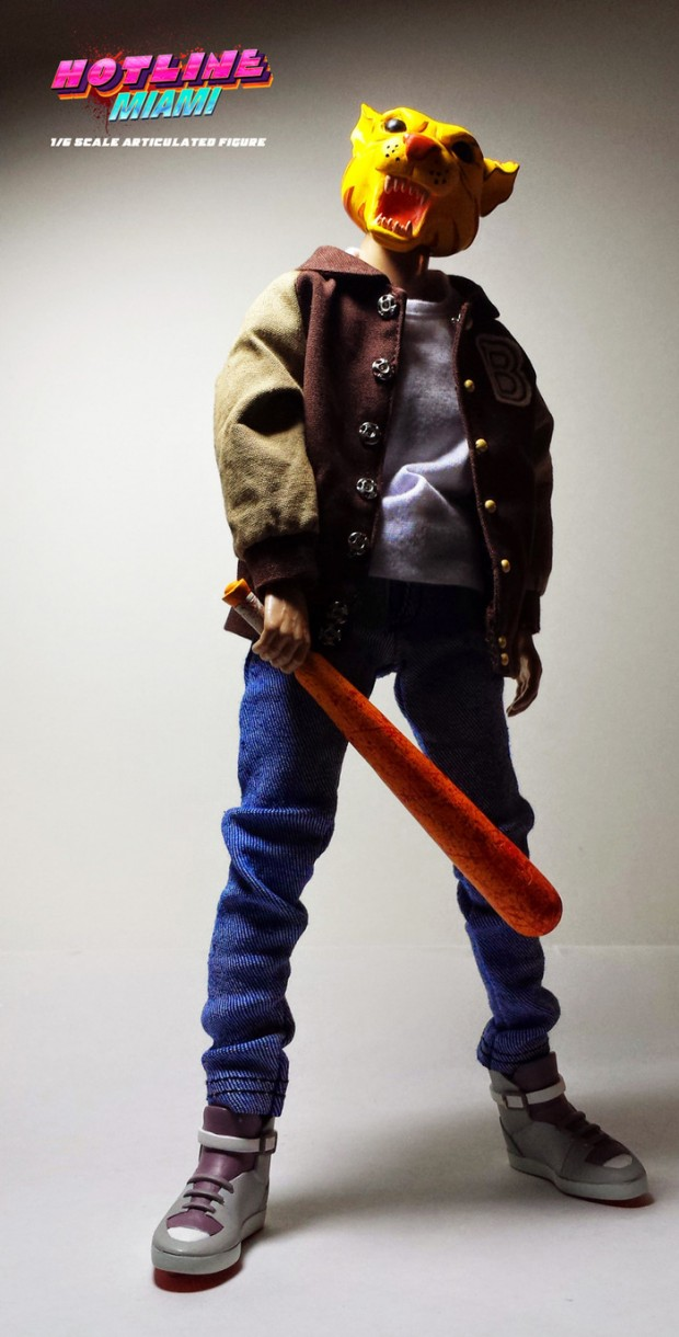hotline-miami-action-figure-by-esctoy-3