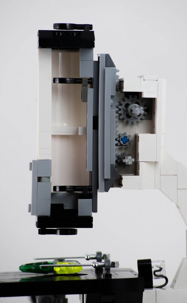 lego-microscope-mk-ii-by-carl-merriam-2
